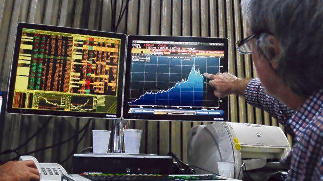 entonado. El mercado bursátil sigue registrando subas récord en las últimas jornadas del año.