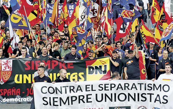 Una sola voz. Los organizadores de la marcha estimaron en 160.000 personas los presentes en la plaza Cataluña.