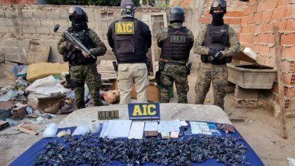 La Agencia de Investigación Criminal (AIC) secuestró casi 700 dosis de cocaína.
