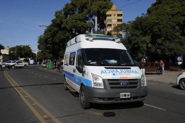 La víctima fue trasladada por el Sies al Hospital de Emergencias Clemente Alvarez.