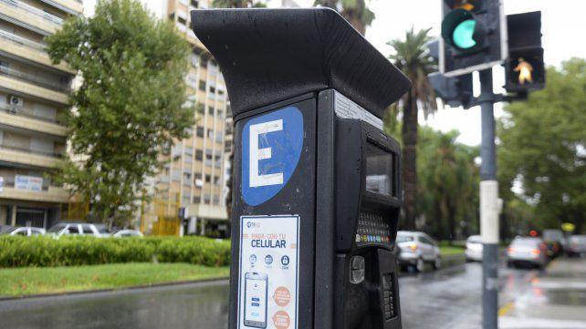 El estacionamiento medido en Rosario queda suspendido hasta el 31 de mayo venidero.