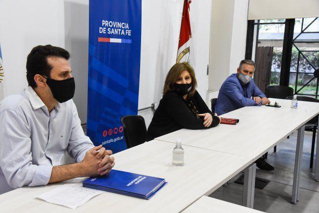El Gobierno de la Provincia entregó aportes para mejoras a nueve escuelas de Rosario
