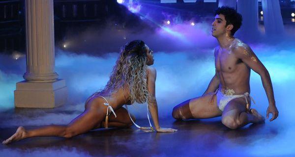 Cinthia Fernández se desnudó en el Bailando y después pidió disculpas