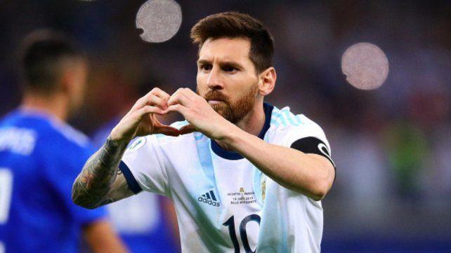 Un ex vicepresidente de Barcelona asegura que Messi sigue pensando retirarse en Newells