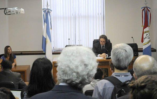Al frente de la audiencia y detrás del numeroso público presente estuvo el juez Javier Beltramone. (Foto: V. Benedetto)