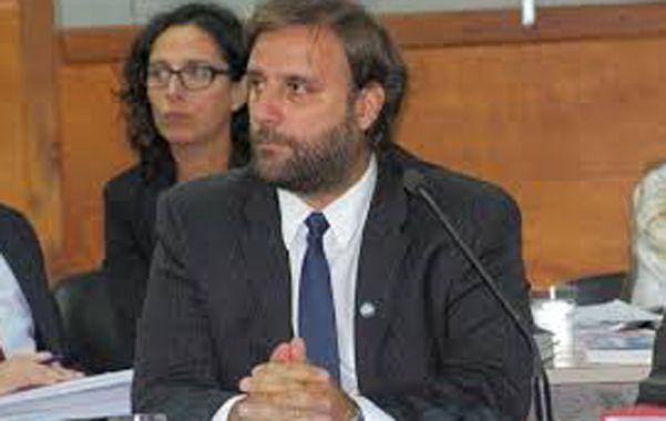 Acusador. El fiscal Federico Carniel lleva adelante la imputación en el juicio.