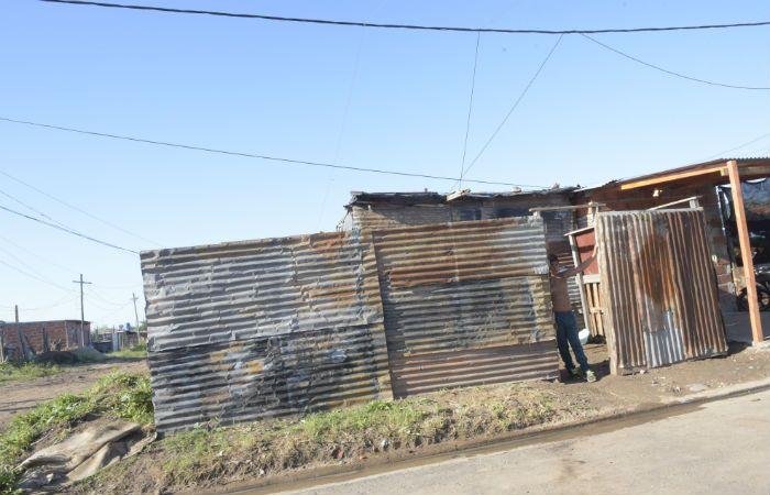 La casa en la que fue herido el hombre de 29 años cuando llegaba de trabajar. (Foto : S. Suárez Meccia)
