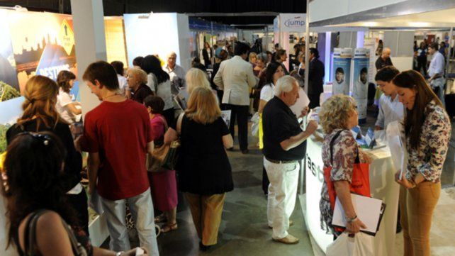 Invitan a los rosarinos a planificar sus vacaciones en la Feria de Turismo