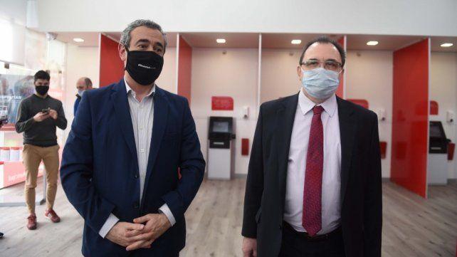 El intendente Javkin y el presidente del Banco Municipal