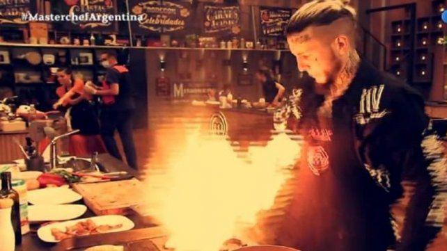 """Fuego. """"Soy Freddy Krueger. ¡Estoy en llamas! El p... amo"""""""