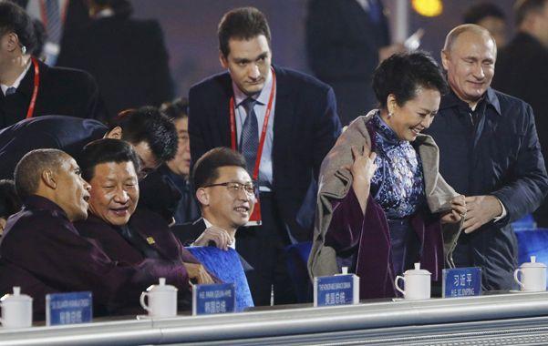 Putin se acercó a la primera dama china