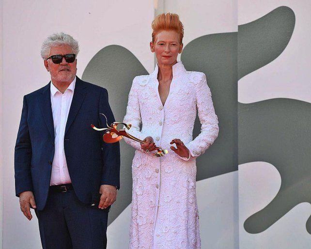 El director y la actriz Tilda Swinton acaban de estrenar el corto La voz humana.