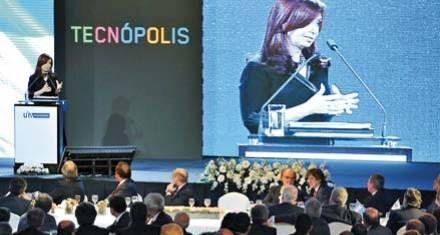 Cristina llamó a todos los sectores a sumarse a la nueva etapa del modelo