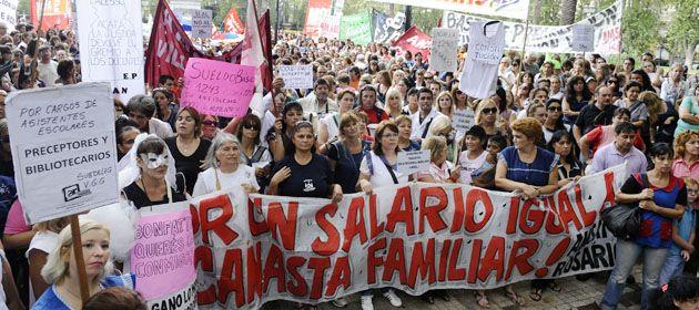 la movilización docente arrancará en la 25 de Mayo y culminará en plaza San Martín.