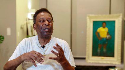 Pelé fue operado y se encuentra en terapia intensiva