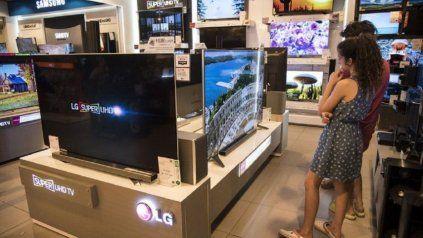 El gobierno nacional llegó a un acuerdo de precios máximos para la comercialización de artículos electrónicos y electrodomésticos.