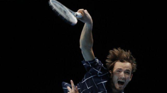 Medvedev se consagró por primera vez campeón de tenis del Masters de Londres.