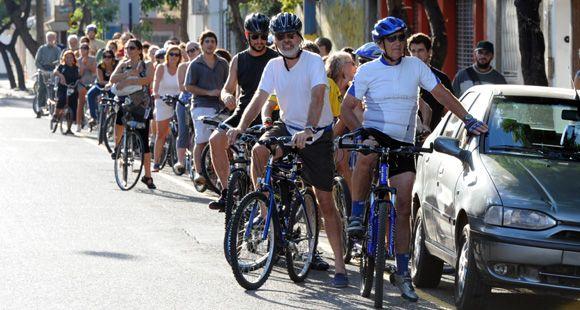 La polémica por la bicisenda de calle Salta puso freno al plan de ciclovías