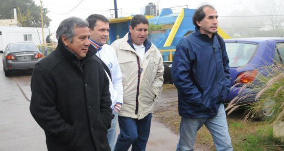 El Negro Palma se despidió de los jugadores de Central en el entrenamiento en Baigorria