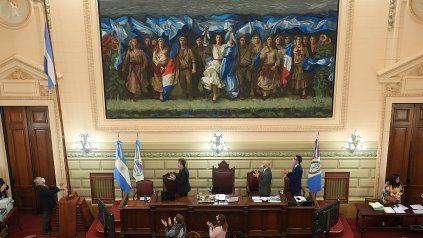 Excepto el titular de la Cámara baja, Pablo Farías, los diputados participaron de la cita legislativa de modo virtual.