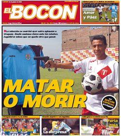 Polémica foto: jugador peruano le apunta con un arma a la camiseta de Uruguay