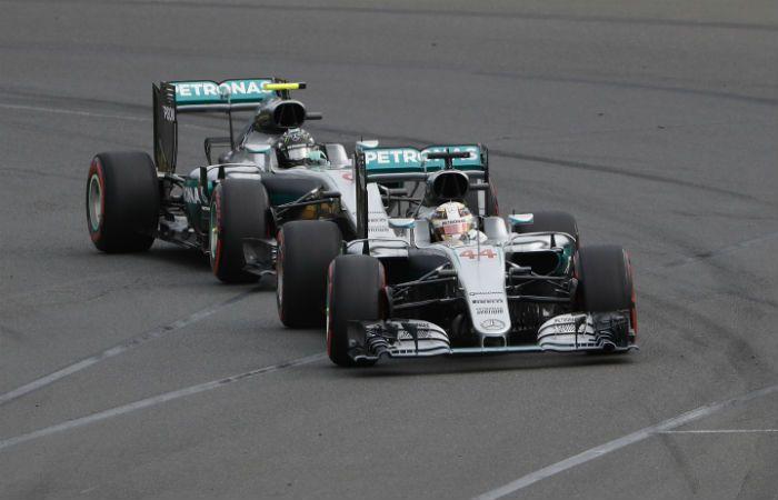 Aburren. Hamilton y Rosberg