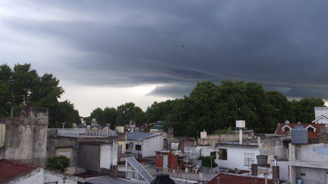 Rige un alerta por tormentas fuertes para el sur de Santa Fe