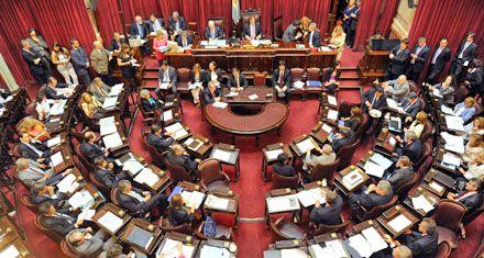 BCRA: con viento a favor, el Senado trataba cambios a la carta orgánica