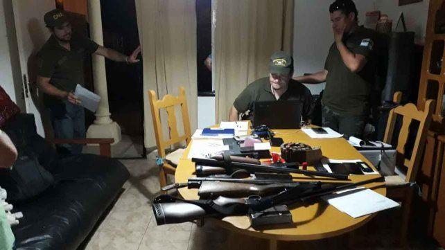Operativo. Gendarmería también secuestró armas de fuego.