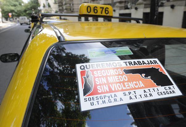 freno a la violencia. Los taxistas encabezan el reclamo de mayor seguridad en las calles rosarinas.