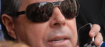 Oyarbide vincula al triple crimen  con la mafia de los medicamentos