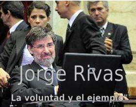 Rivas, que quedó tetrapléjico, se comunica por medio de un software especial