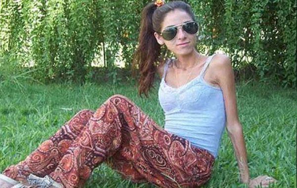 Víctima de la fe. Antonella sufría un cuadro de anorexia y no se atendió.