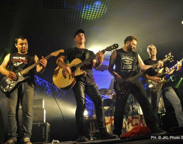En acción. El grupo de Avellaneda se formó hace 13 años y tiene cuatro discos editados de forma independiente.