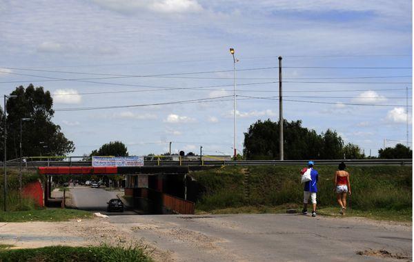 La joven asesinada fue baleada desde una moto. Se evalúa si fue ejecutada desde corta distancia. (Foto: V. Benedetto)
