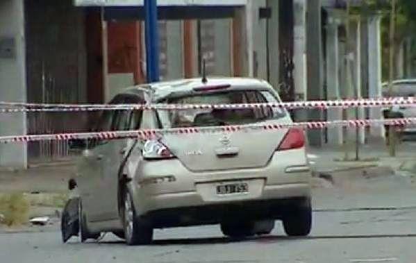 El conductor del automóvil que atropelló a los seis chicos fue detenido por la policía.