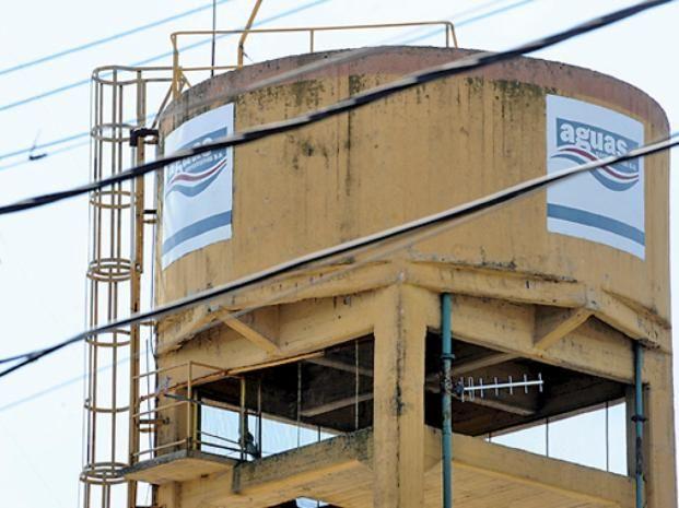 Aguas Santafesinas tiene varios costos de insumos en dólares.