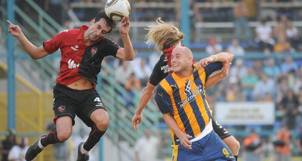 El próximo clásico rosarino podría jugarse en agosto de 2012 por la Copa Sudamericana
