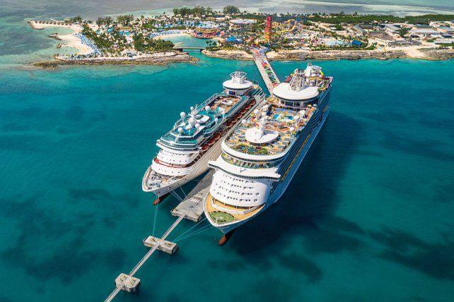 La empresa de cruceros Royal Caribbean busca voluntarios para probar los protocolos de prevención del coronavirus.