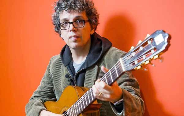 """El español subrayó que """"lo importante es el encuentro con la guitarra y eso está inalterable""""."""