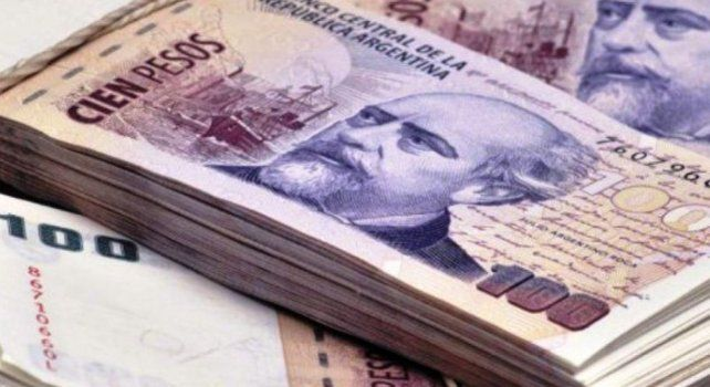 El informe advierte sobre el aumento del endeudamiento de los asalariados santafesinos durante 2020.