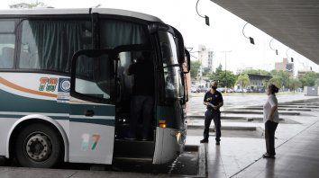 La terminal bajo la lupa: los casos reportados en Rosario están en baja pero la meta es que la curva no vuelva a dispararse y que los viajeros no se transformen en un talón de Aquiles.