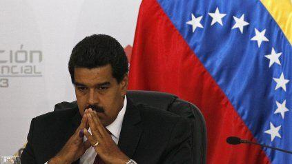 En problemas, el régimen de Nicolás Maduro debe nuevamente quitar ceros a la moneda nacional, el bolívar. Este ha perdido 14 ceros desde 2008.