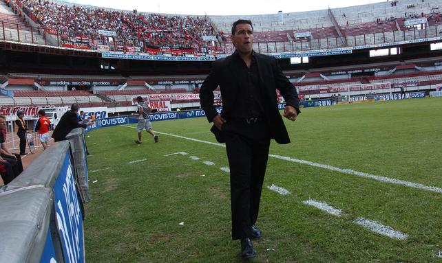 Newells ya enfrentó a River con Gamboa como DT y empató 1 a 1 en el 2008
