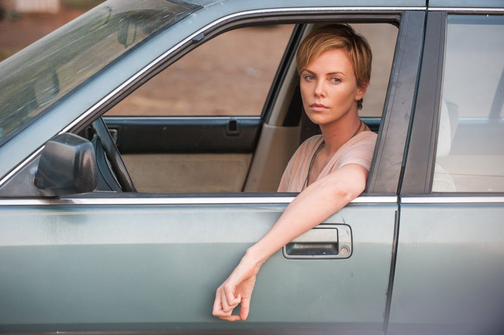 Charlize Theron interpreta a Libby Day