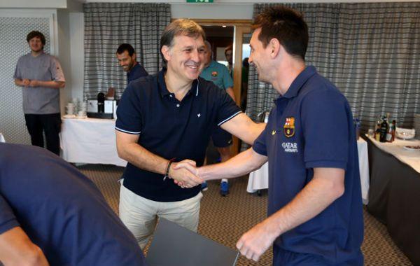 El DT azulgrana ya piensa el equipo con Lio dentro de los once titulares para el inicio de la Liga.