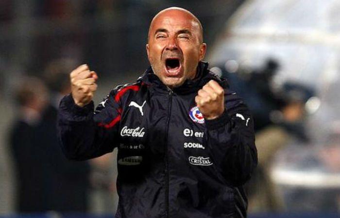 Jorge Sampaoli alcanzó la gloria en 2015 al ganar la Copa América con el seleccionado de Chile.