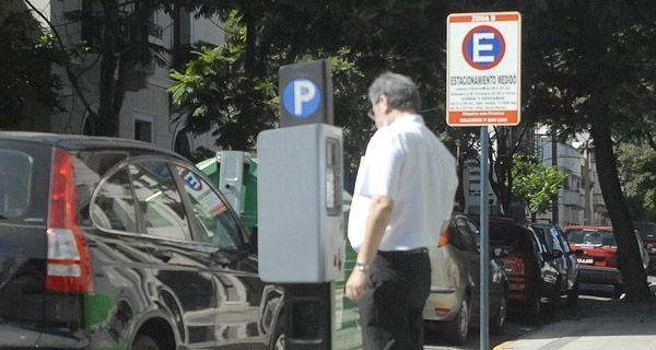 Giuliano: Acá se marca la calle con pintura y se colocan máquinas recaudadoras