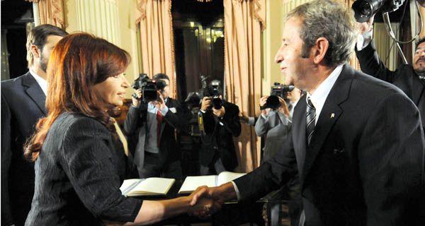 Cristina a Cobos: ¿Cómo le va señor vicepresidente?