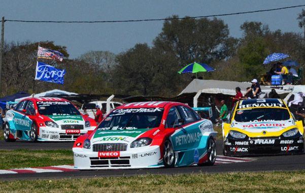 Los tres mejores. Werner ganó de punta a punta con su Fiat. Pernía (Renault) y Ardusso (Fiat) jamás pusieron en apuros al entrerriano.
